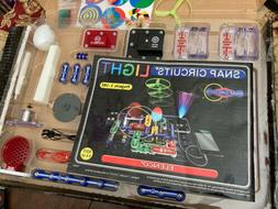 Snap Circuits Light-Build Over 175 Exciting Projects-by Elen